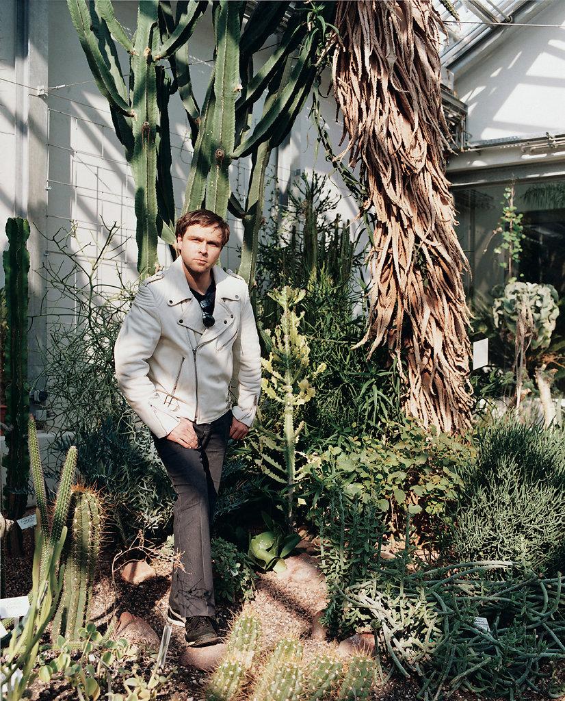 Oliver Kossack, artist, botanical garden, Leipzig (DE), 03/03