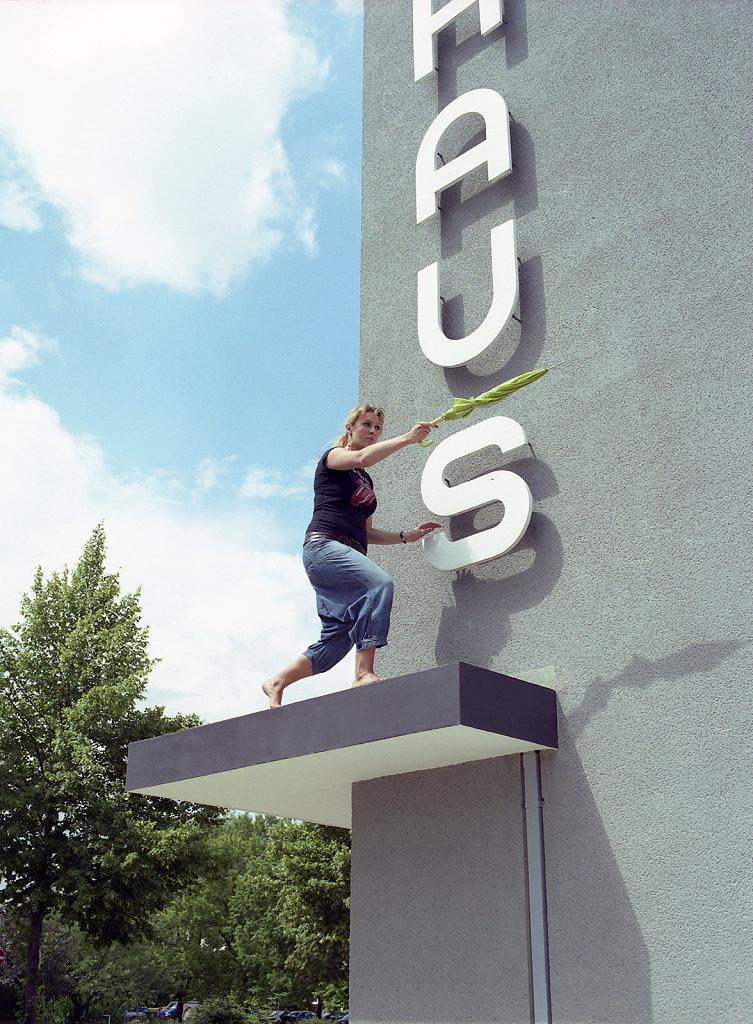 Caroline, Bauhaus student and economist, southwest-view, Bauhaus Dessau, 08/06