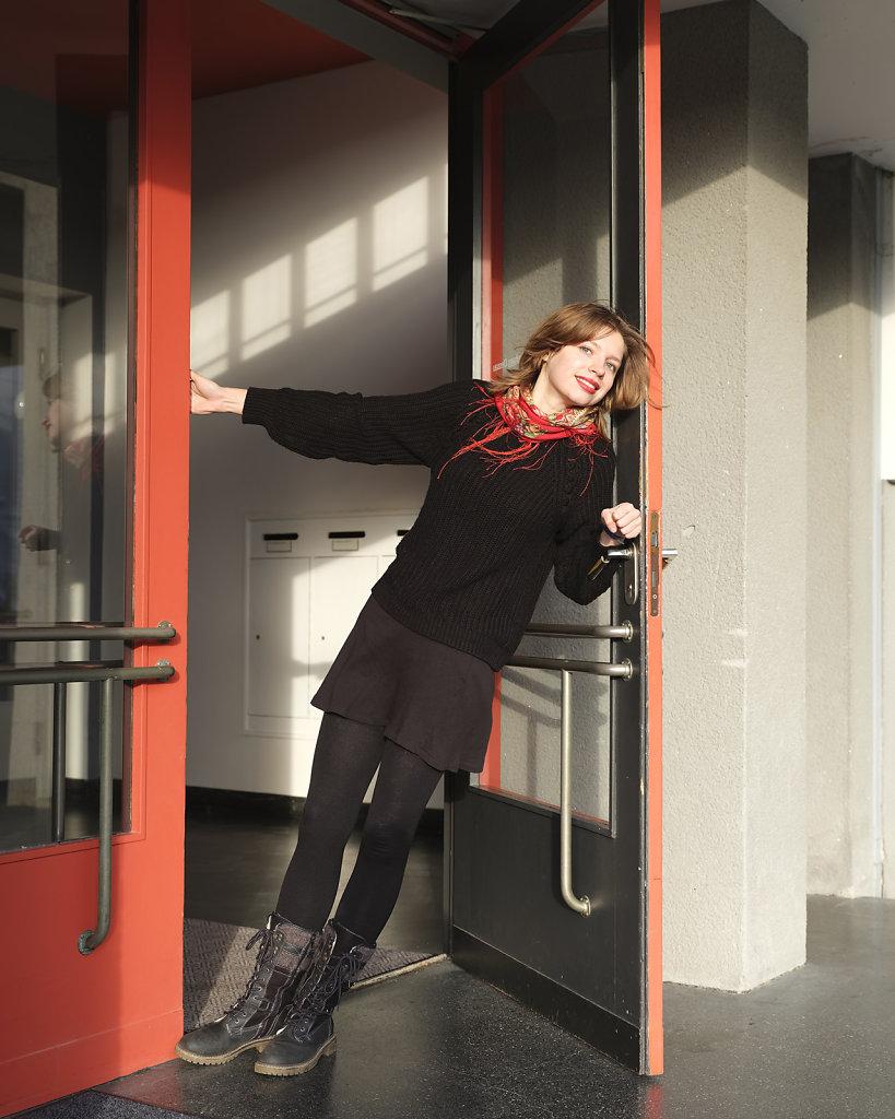 Oxana, Bauhaus Design student, entrance, Bauhaus Dessau, 12/18
